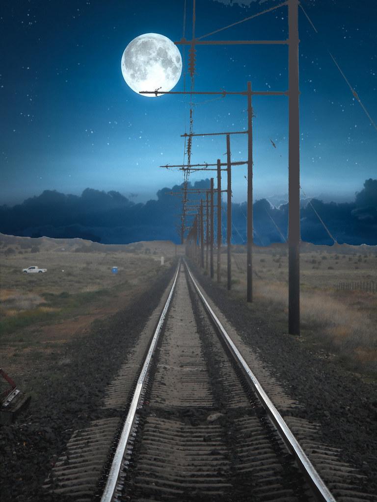 Binario sotto la Luna
