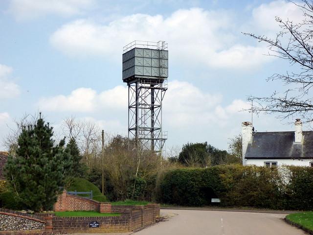 GOC Breachwood Green 105: Water Tower, Peters Green