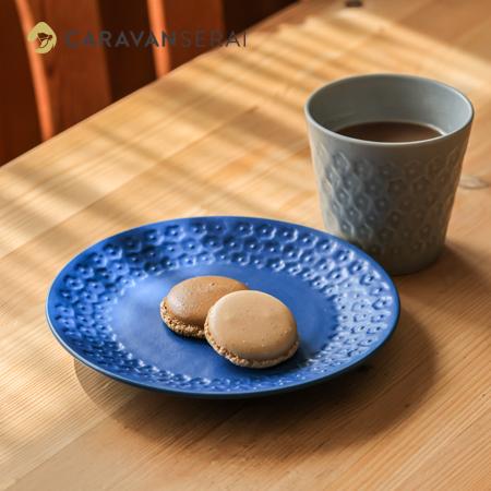 ヒシエム水野陶器さんオリジナルのお皿とカップ お花のモチーフ