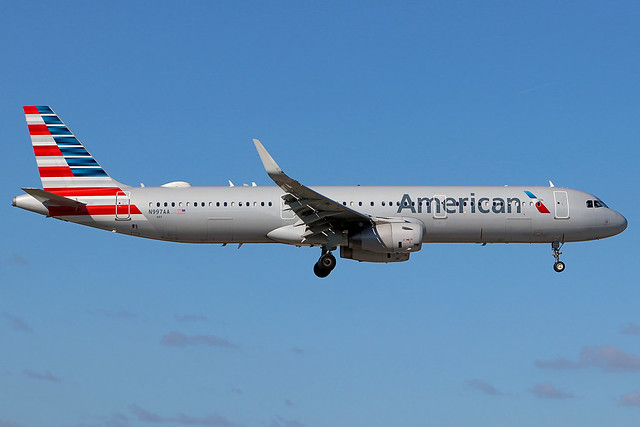 N997AA   Airbus A321-231/W   American Airlines
