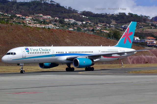 G-OOBC : Boeing 757-28A at Funchal.