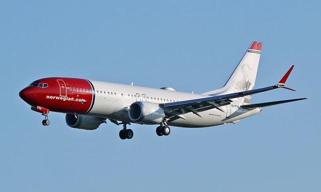 Boeing 737 MAX 8 EI-FYA [42830/6360]