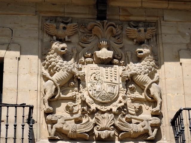 Escudo Casa de los Tagle - Santillana del Mar - Cantabria