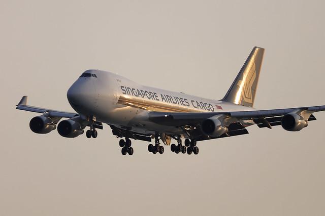 9V-SFQ, Boeing 747-400F, Singapore Airlines Cargo, Hong Kong