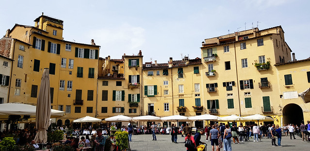 🇮🇹 Piazza dell'Anfiteatro / Пиаца Анфитеатро