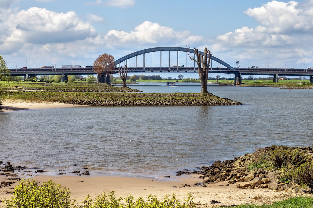 Lekbrug & Jan Blankenbrug - Rijksweg A2 - Vianen - NL