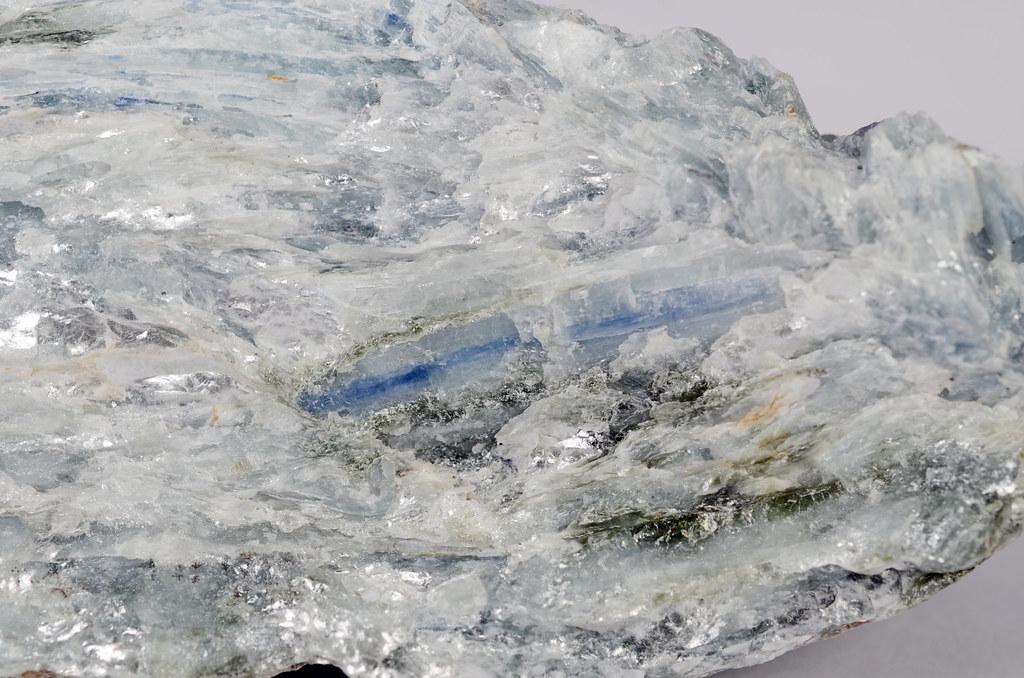 藍晶石 / Kyanite