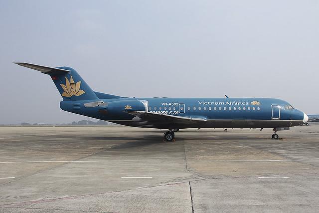 Fokker 70 - Vietnam Airlines - VN-A502 - s/n 11580