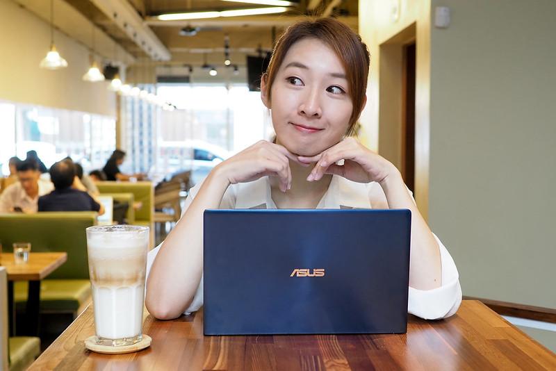 不到兩萬六的雙螢幕美型筆電  ZenBook 13 UX334開箱玩樂趣