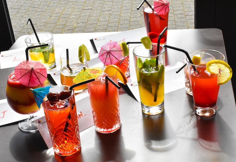 Students shake up a treat with delicious mocktails!