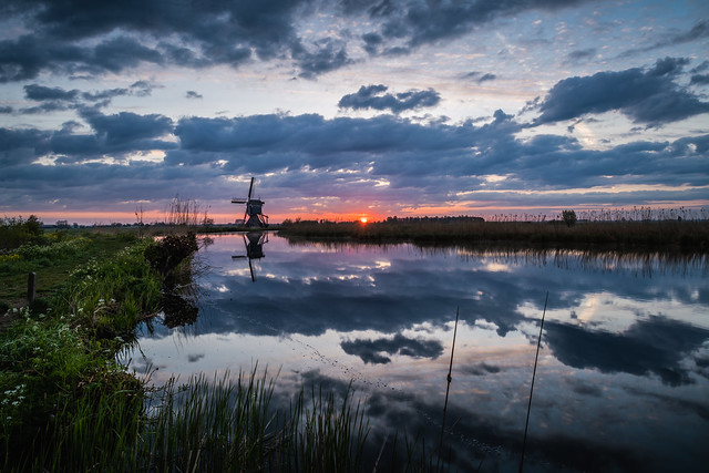 Broekmolen Windmill at Sunrise