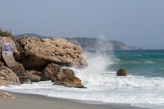 Mar contra las rocas