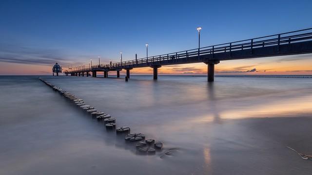 Sonnenaufgang 🌞 an der Seebrücke in Zingst