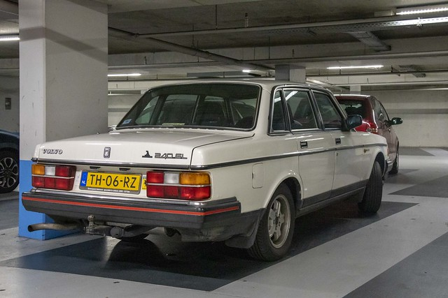 Volvo 240 GL (1988)