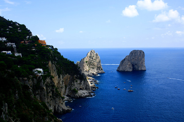 Capri - Faraglioni.