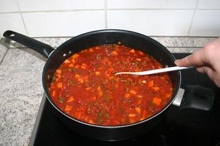 29 - Scramble & bring to a boil / Verrühren & aufkochen lassen