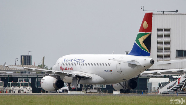 South African Airways 🇿🇦 Airbus A319-100 ZS-SFG