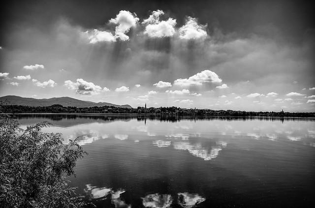 Lago di Pusiano, Italia