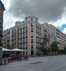 Edificio el la avenida de Felipe II en Madrid
