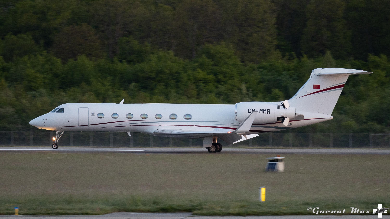 FRA: Avions VIP, Liaison & ECM - Page 25 51165397967_480a13aaf0_o_d