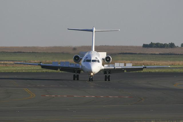 Fokker 28-4000 - AirQuarius - ZS-JES - s/n 11236