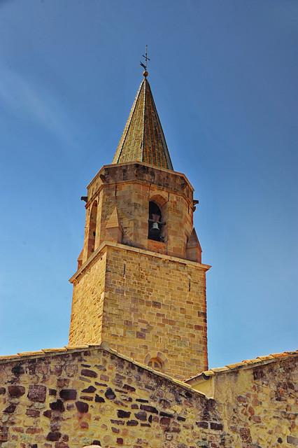 La tour de la cathédrale de Fréjus