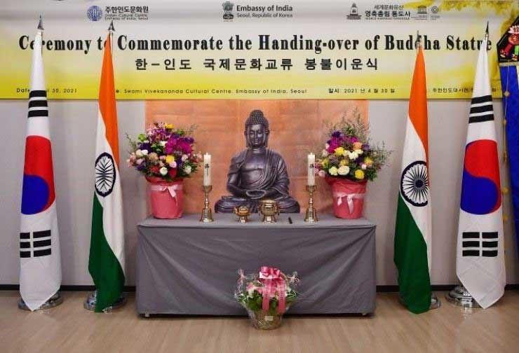 Perketat Hubungan, India Berikan Rupaka Buddha ke KorSel