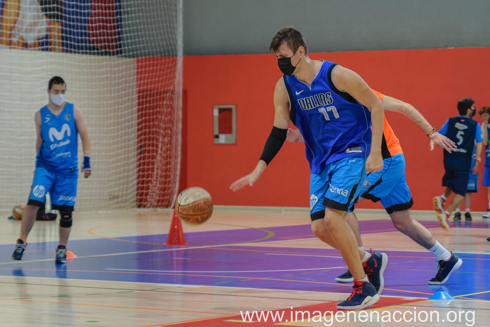 """DOWN MADRID   Baloncesto Estudiantes """"EXTRAS"""""""