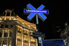 London by night - Underground meets PlayStation