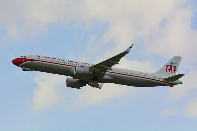 (ORY) TAP  Air Portugal Airbus A321 Neo CS-TJR