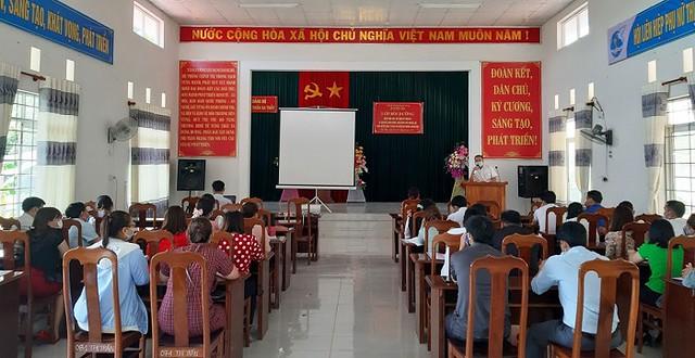 Bế mạc Lớp bồi dưỡng kiến thức dân tộc cho cán bộ, công chức, viên chức cấp huyện, xã huyện Sa Thầy
