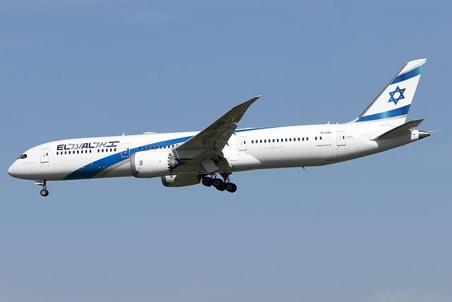 El Al 787-9 Dreamliner 4X-EDB at Heathrow Airport LHR/EGLL