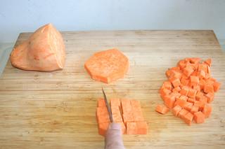 06 - Dice sweet potato / Süßkartoffel würfeln