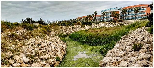 Hotel en primera línea de playa //Hotel on the beachfront