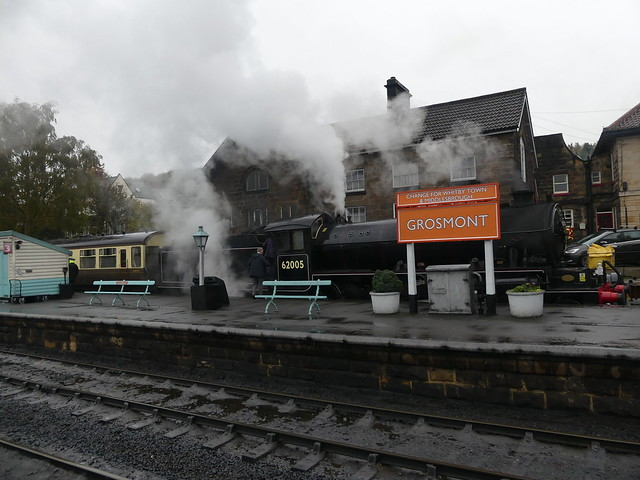P1030339 - 2019-10-26 - NELPG Dining Train at NYMR - K1-62005 at Grosmont