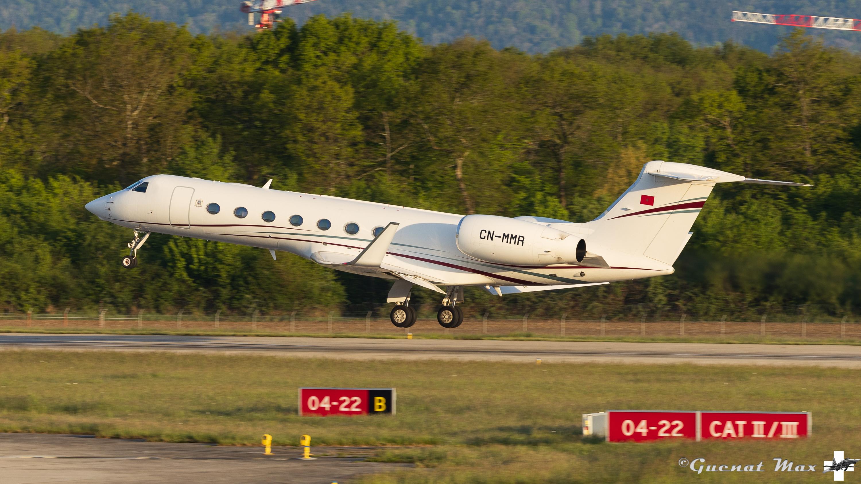 FRA: Avions VIP, Liaison & ECM - Page 25 51167163380_bbedb67c7e_o_d