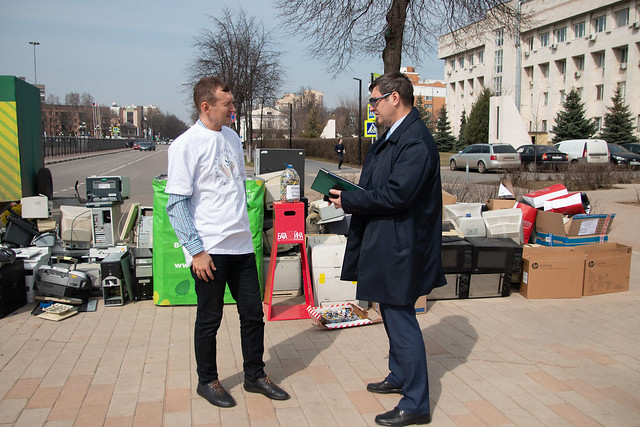 Russia-2021-04-14-UPF-Moscow Joins in Local Recycling Project