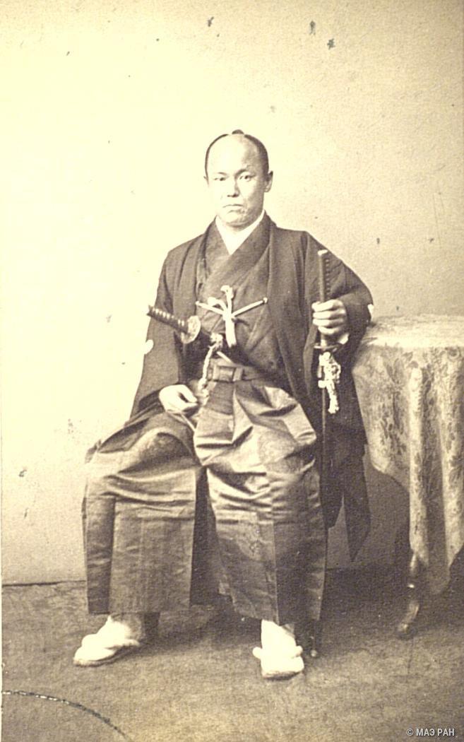 Портрет Ямато-но ками Койде в традиционном японском костюме