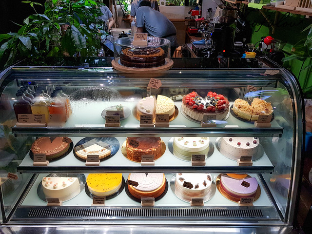 cakes in puchong