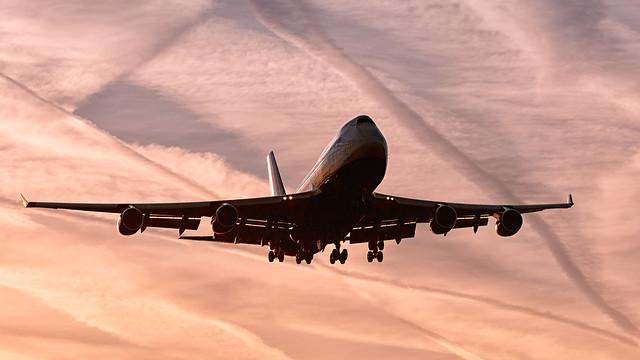 Salmon Sky 747 Arrival.
