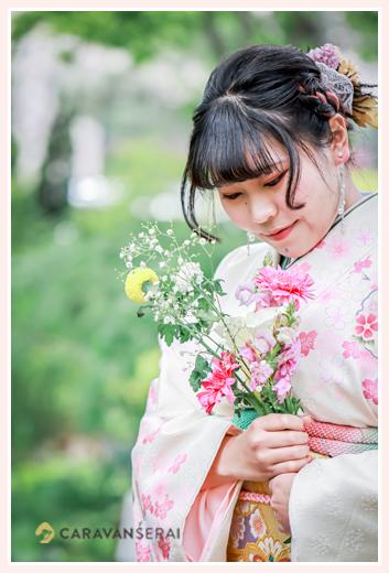 成人式写真のロケーションフォト 名古屋市 ブーケを手に