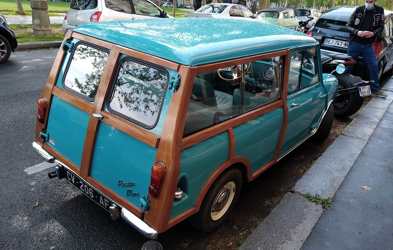 "Austin Mini "" Woody-Wagon "" 51168342294_687bab346b_c"