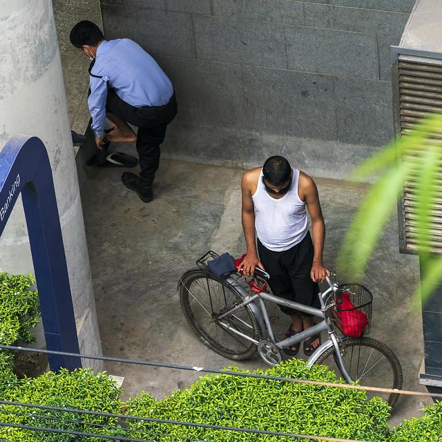 Bike and Red Bag 1a