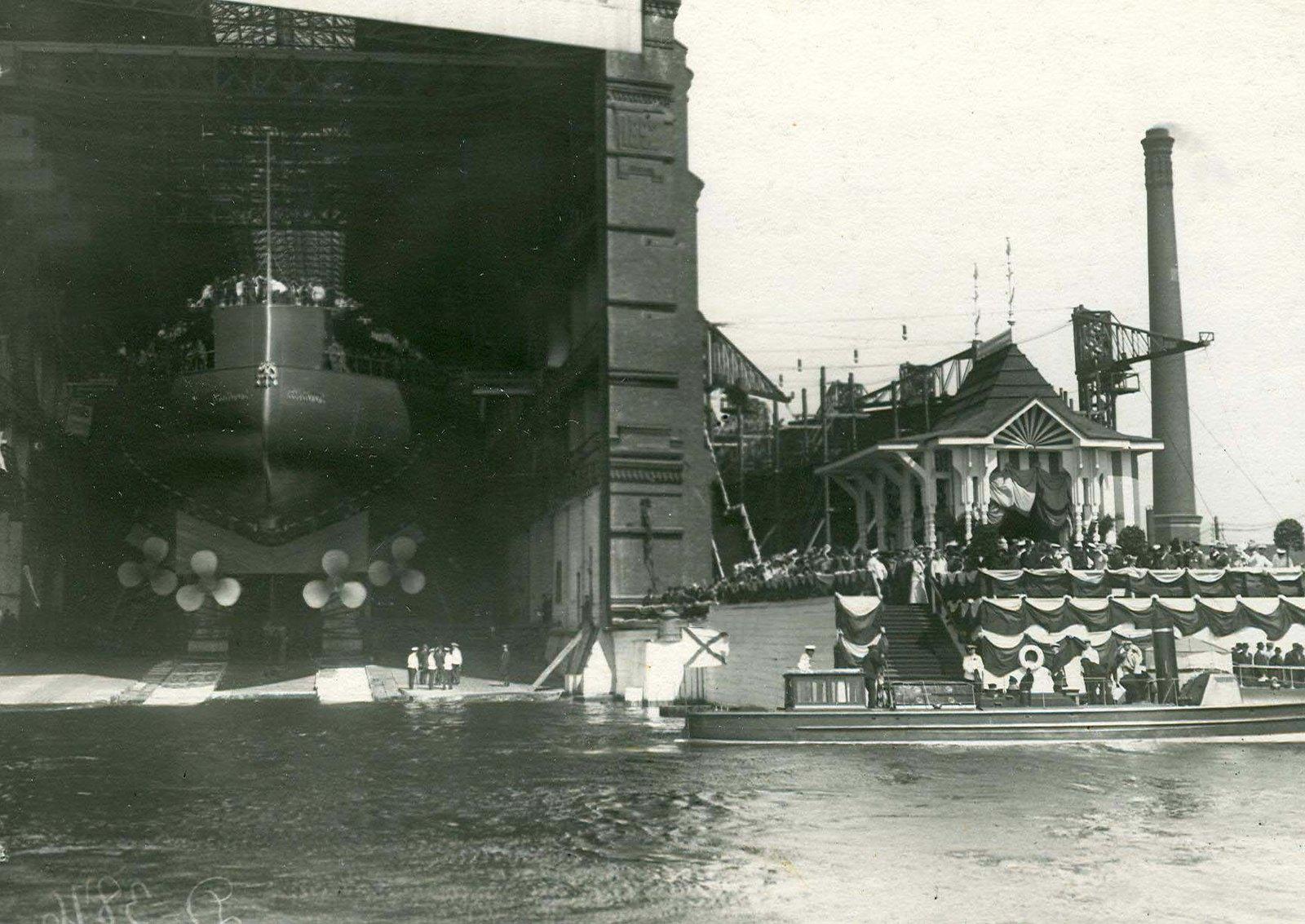 1911. Линкор «Севастополь» перед спуском на воду