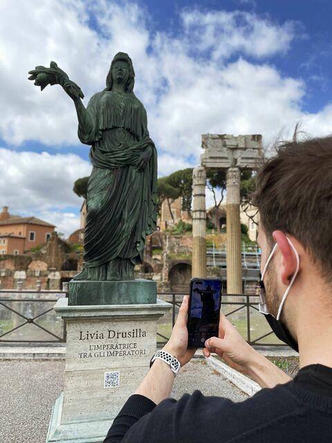 """ROMA ARCHEOLOGICA & RESTAURO ARCHITETTURA 2021. Il Foro di Cesare & """"Livia Drusilla"""": Una Nuova Imperatrice sui Fori Imperiali. Il mistero è stato svelato.  IL MESSAGGERO (07/05/2021)."""