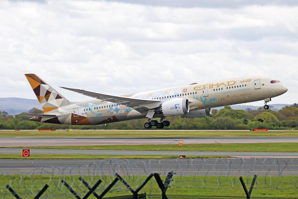 A6-BLI Boeing 787-9 Etihad Airways MAN 09MAY21