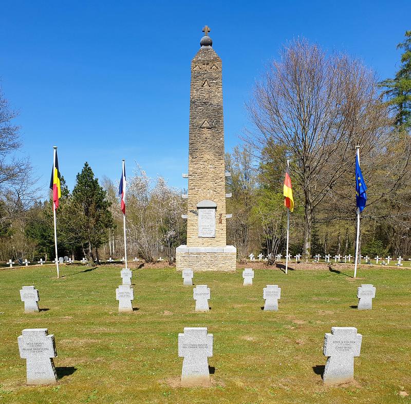 Duits-Frans soldatenkerkhof van Radan