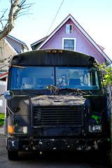Alley Bus