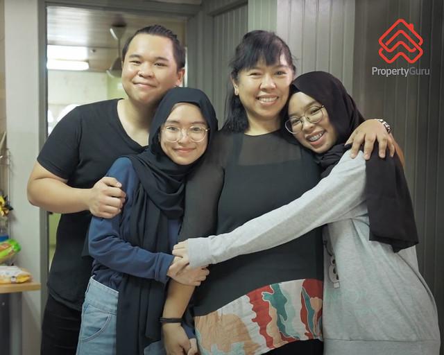 PropertyGuru Home Giveaway_Salini Idris (third from left)