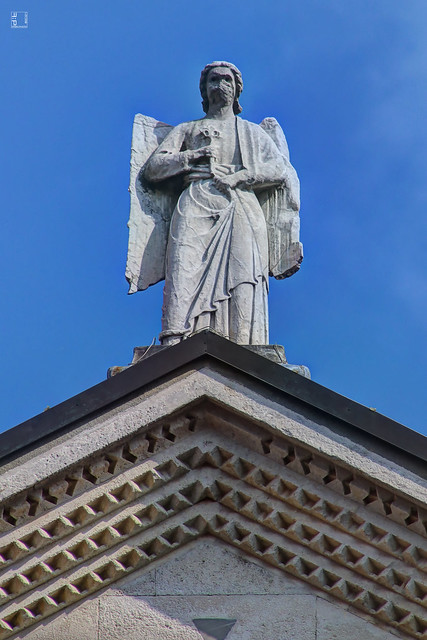 #6899 Modena, facciata del duomo, sculture e bassorilievi